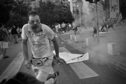 Olof Jarlbro Violent clashes between police and protesters in Thessaloniki Greece 3.jpg